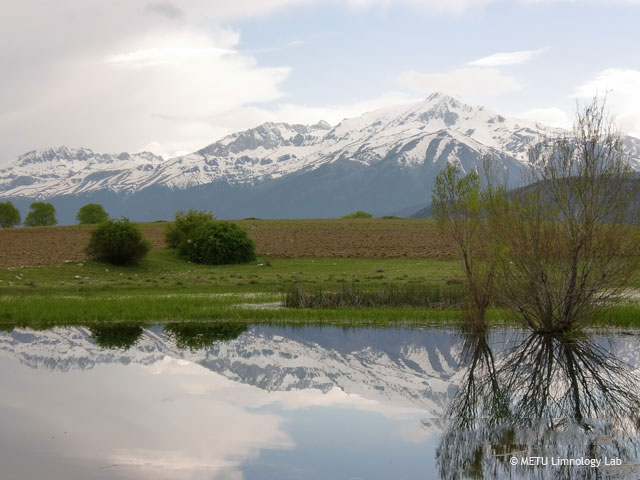 Lake Beysehir mountains